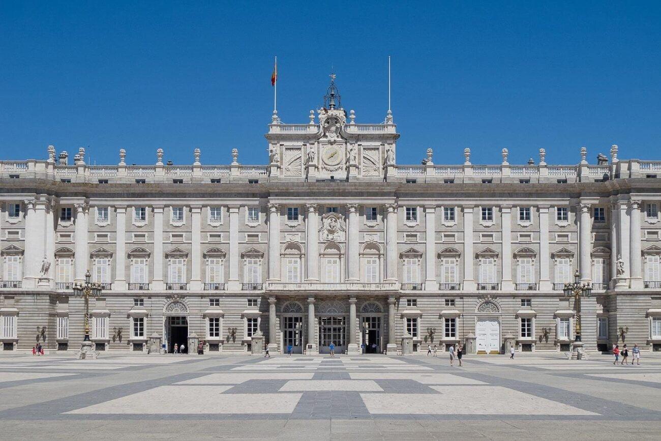 Foto da fachada do Palácio Real de Madrid - O que fazer em Madrid dicas e roteiro