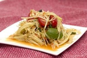 comida tailandesa : papaya salad