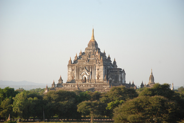 Templos de Bagan: Thatbyinnyu Temple