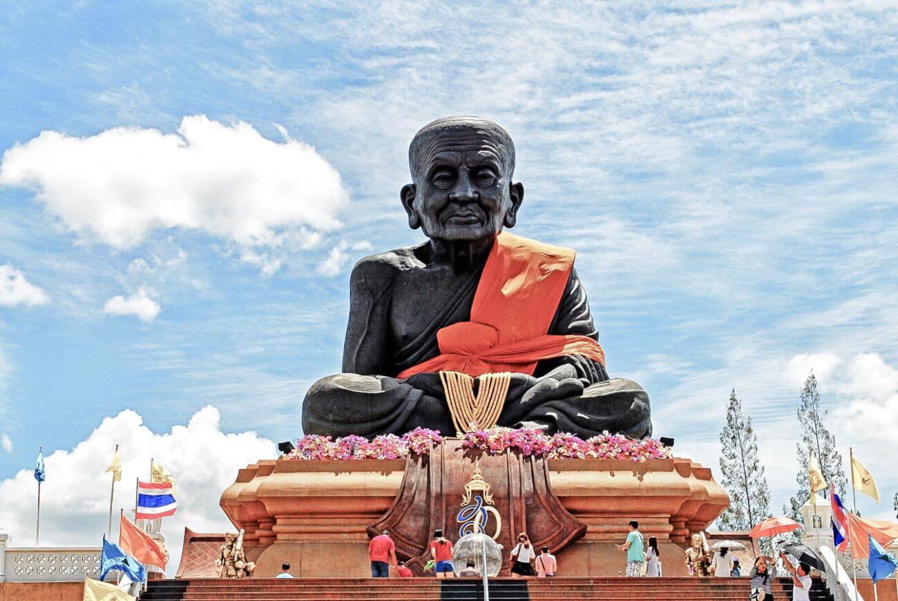 Hua Hin Tailândia - Foto estátua monge