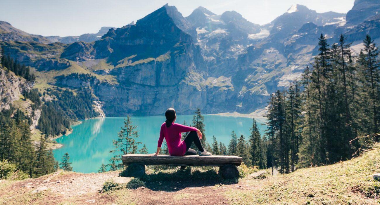 5cbe2f7dfee Kandersteg na Suíça  conheça o vilarejo e seus lagos Oeschinensee e ...