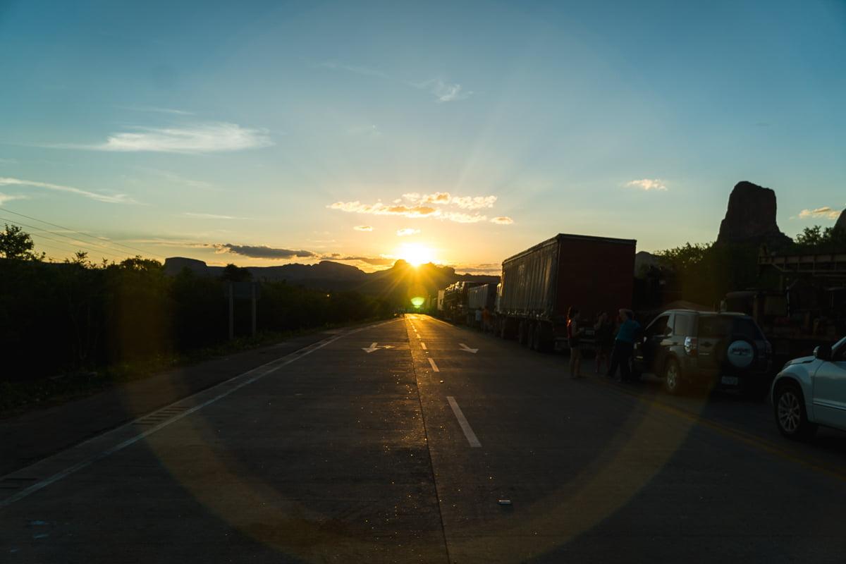 Viagem pela Bolívia de carro - Bloqueio