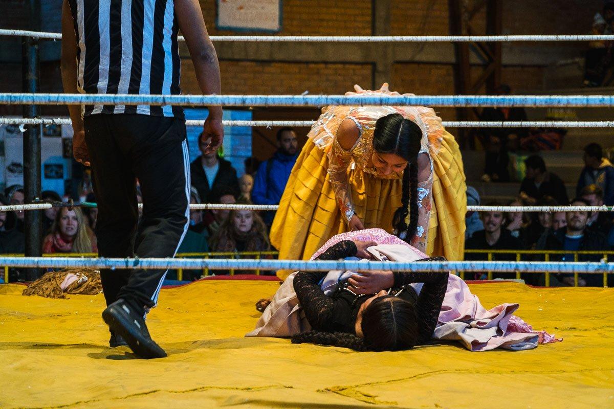 luta livre de cholitas