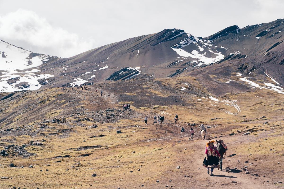 Rainbow Mountain-Montanha Colorida-Peru