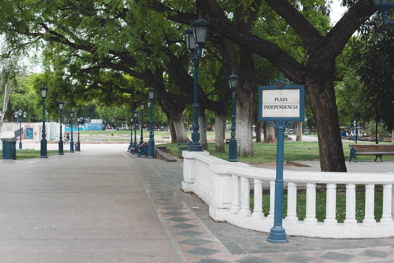 O que fazer em Mendoza Argentina - Plaza