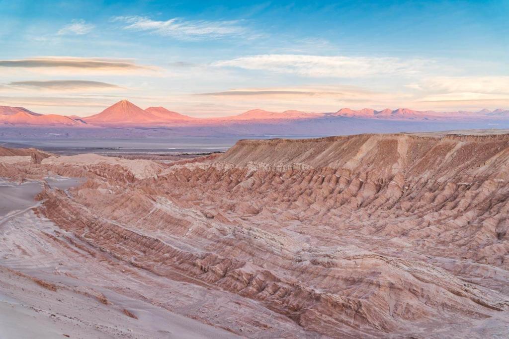 Deserto do Atacama Chile - Foto das cores Por do Sol do alto do Valle de La Muerte
