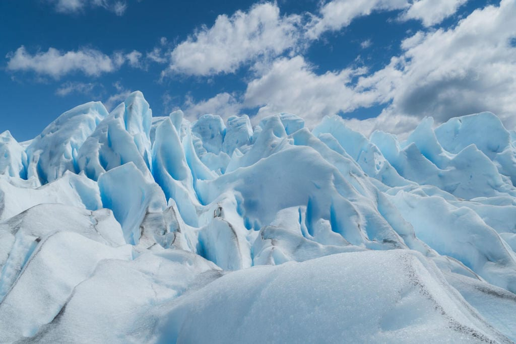 O que Fazer Em El Calafate Perito Moreno Argentina - Diferentes formas do gelo devido ao vento e derretimento