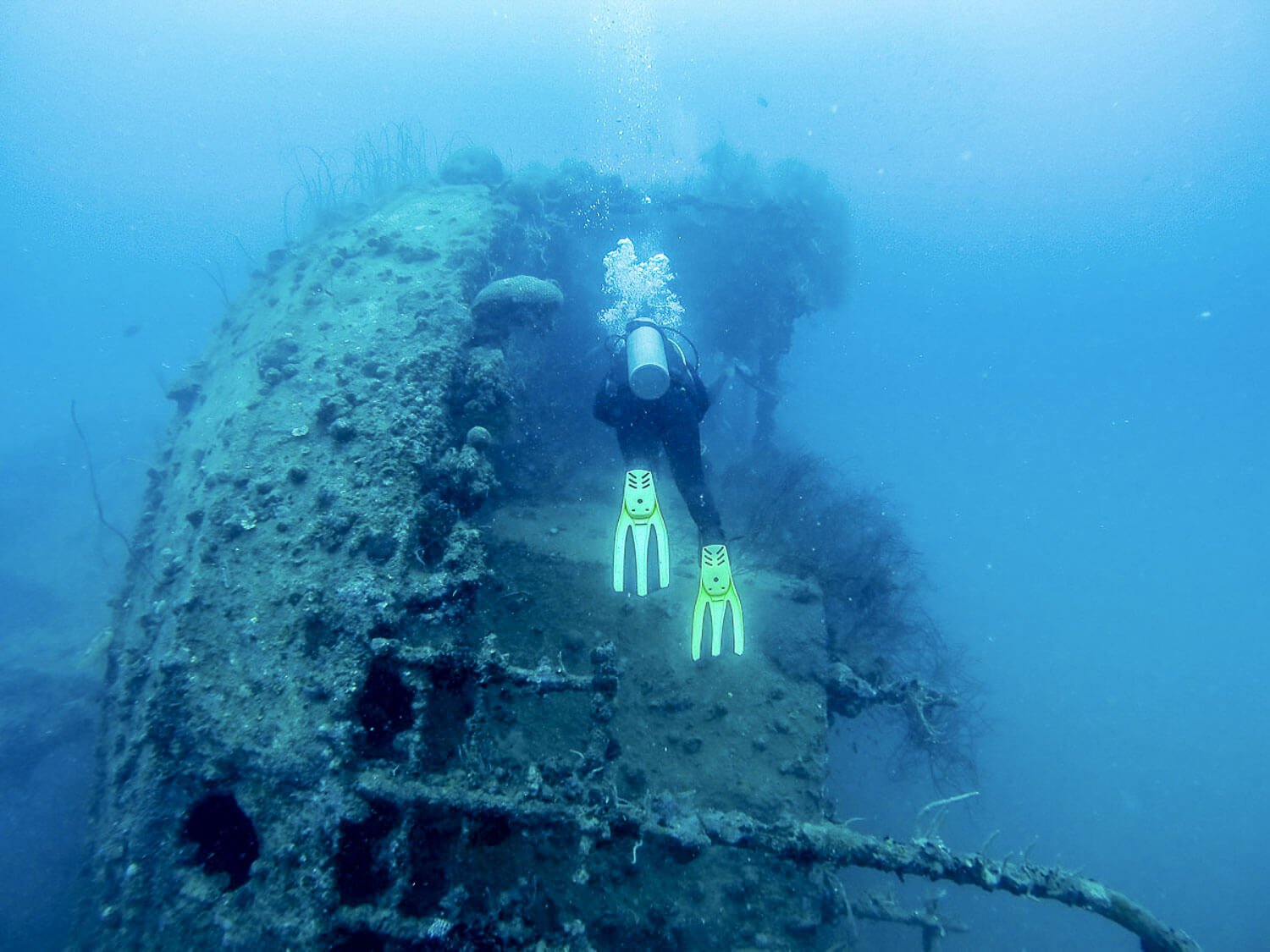 Foto da Proa do navio japonês naufragado - Coron Filipinas