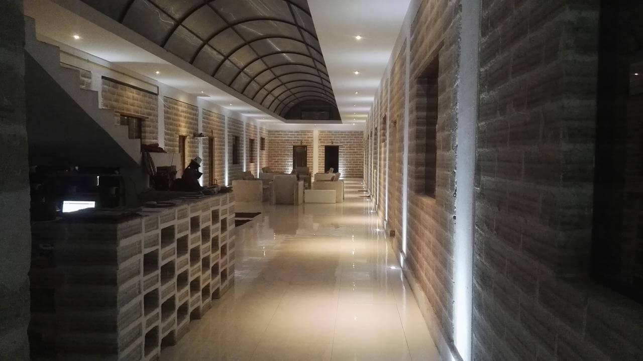 Foto da recepção do hotel - hotel de sal no Uyuni