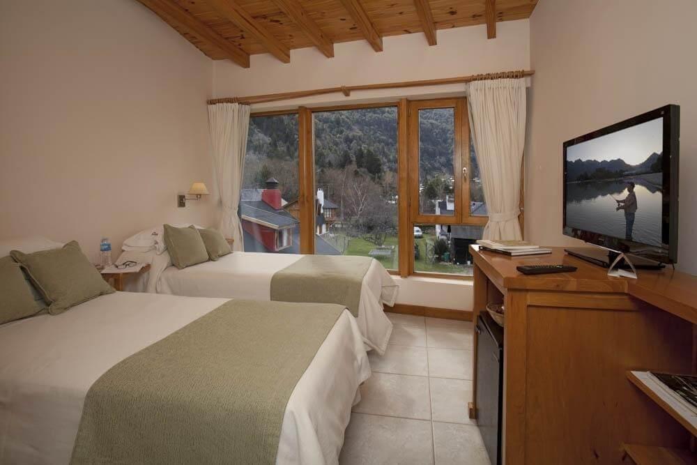 Foto do quarto do hotel - Rota dos Sete Lagos