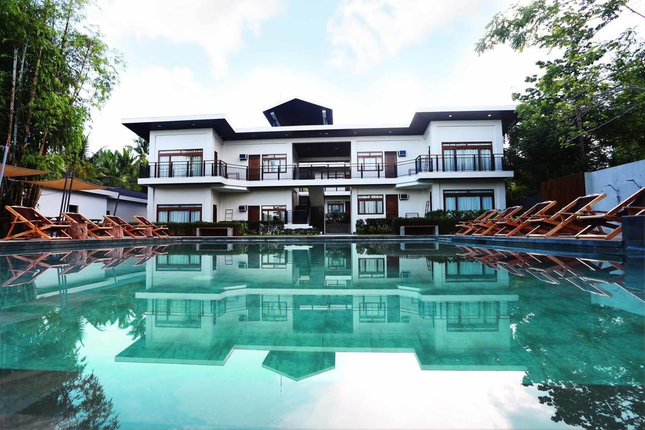 Foto da piscina do Hotel- Coron Filipinas